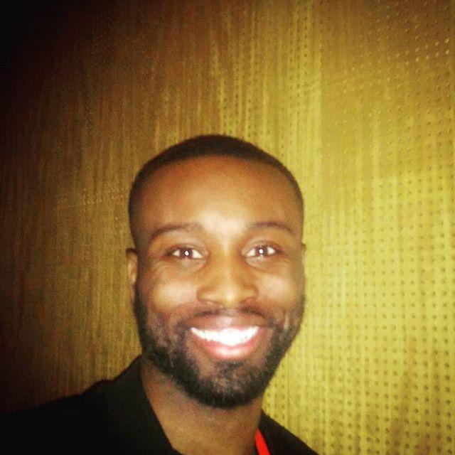 #Faheem #faheemjackson #handsomeson #handsomeman #goodlooking #cuteguys #cuteboys #africanmen #blackmales #smiles #smile #cute #attractive #attractiveness #attraction #grins #blackmensmiling #happytime #☺
