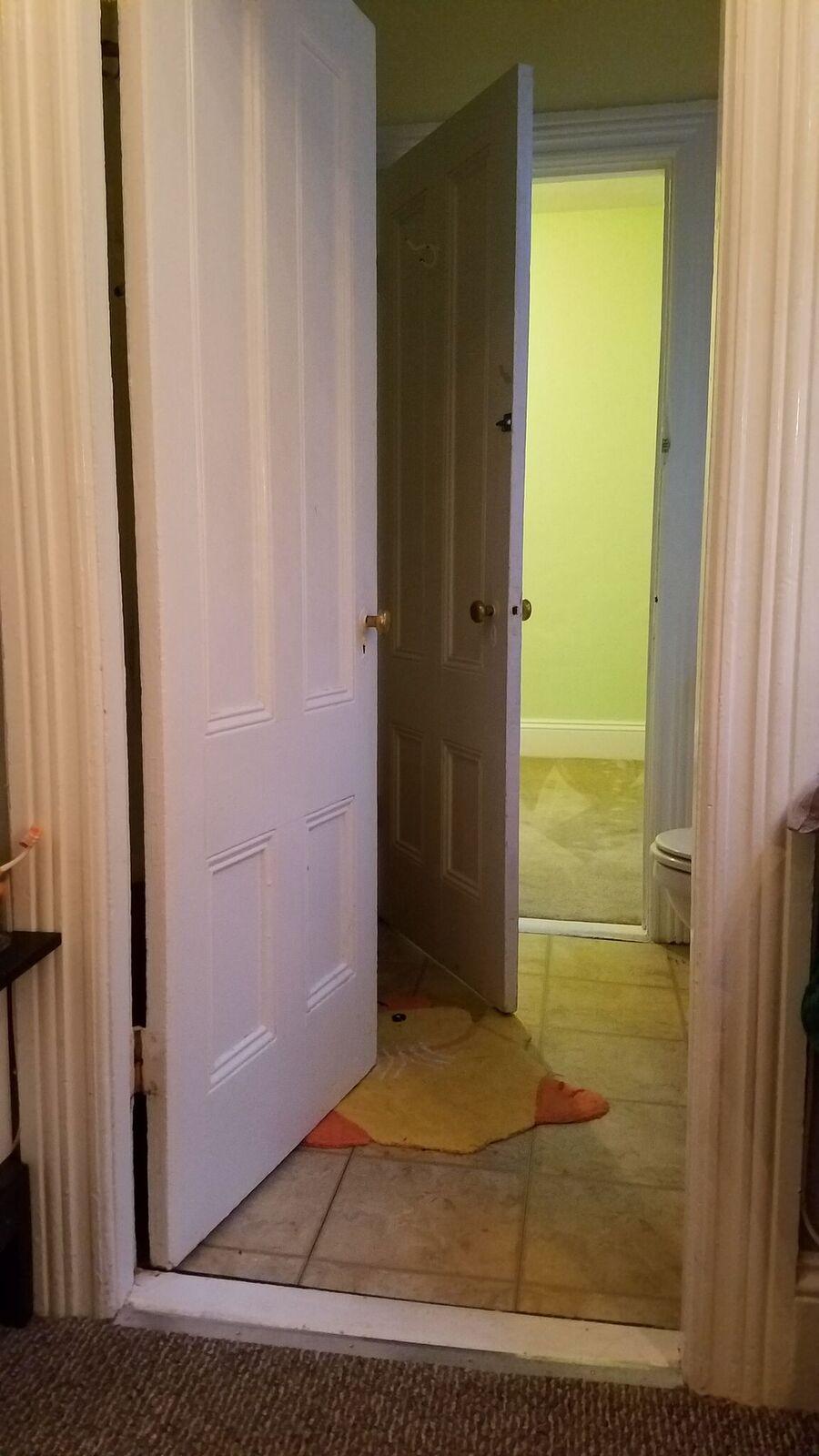 Jack & Jill Bathroom 2.jpeg