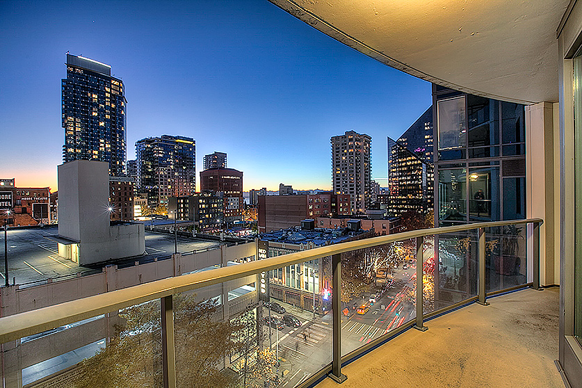 SOLD | ESCALA #803$800,000 - 1 Bedrooms, 1.5 Bathrooms910 Square Feet1 Parking Space, 1 Storage Unit