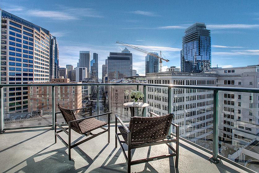 SOLD | ESCALA #1206 $950,000 - 1 Bedrooms, 1.5 Bathrooms951 Square Feet1 Parking Space, 1 Storage Unit