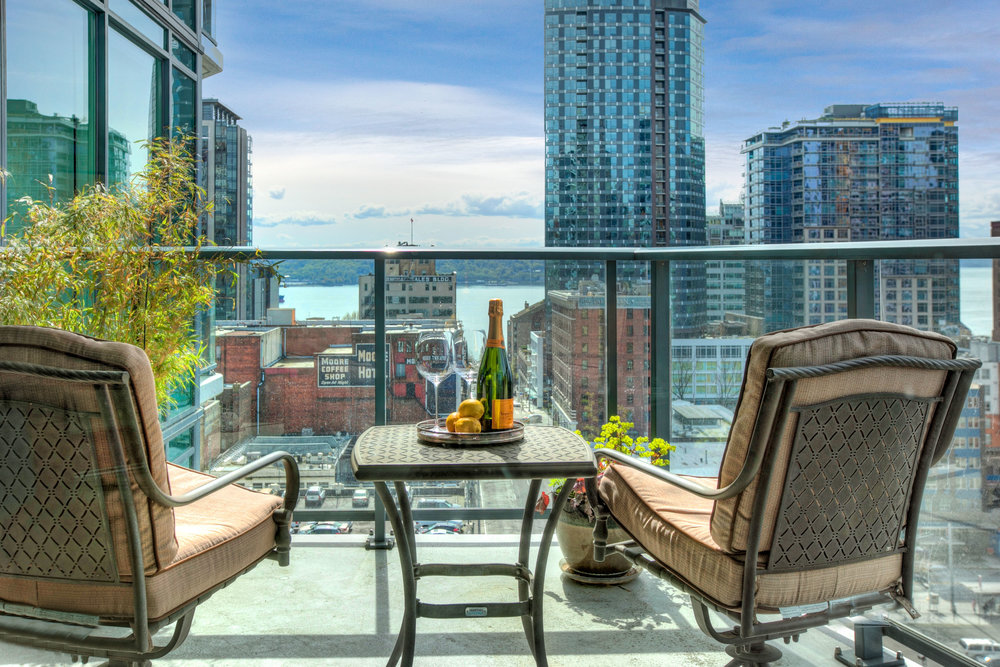 SOLD | ESCALA #1501 - 1 Bedroom, 1.5 Bathrooms, 952 Square Feet
