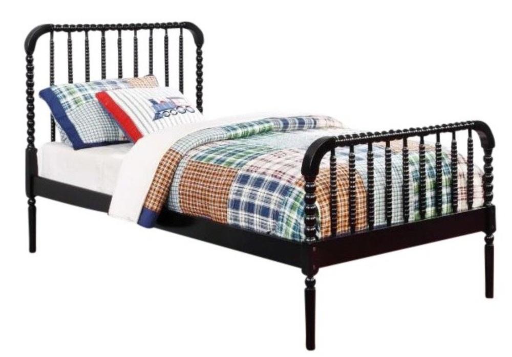 Jenny Lind Spindle Bed