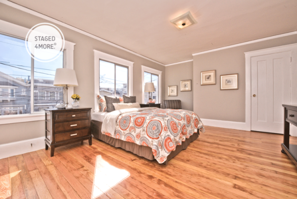 How Home Staging Helped This Listing Sold $308,000 Overasking 10.png