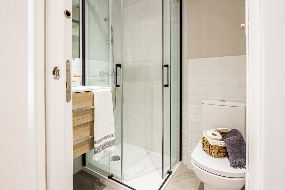 Staged4more Staged Home Tour A Young and Fresh Rental Apartment in Spain After batroom.jpg