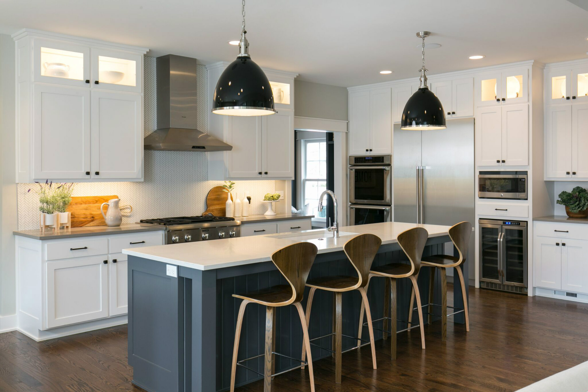Staged home tour modern farmhouse new construction built for kansas city parade of homes