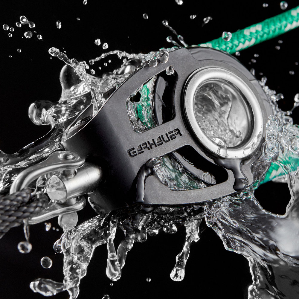 1-marine-product-photography-water-splash-commercial-advertising-rope-block-hardware-shackle-studio-sailing-boat-motion-sales-marketing-daniel-buehler-danbcreative.jpg