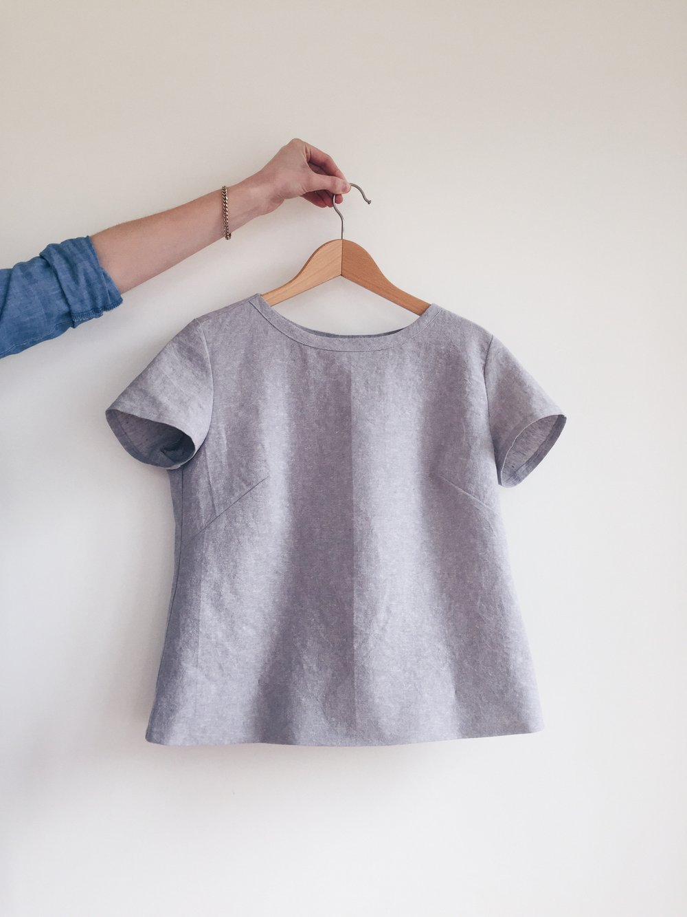 Finished Merchant and Mills Camber Top in cotton-linen blend
