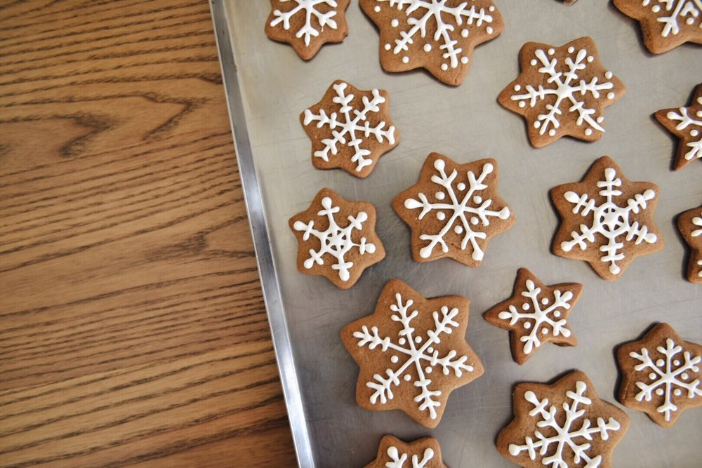 Classic Gingerbread Cookies Star Shape