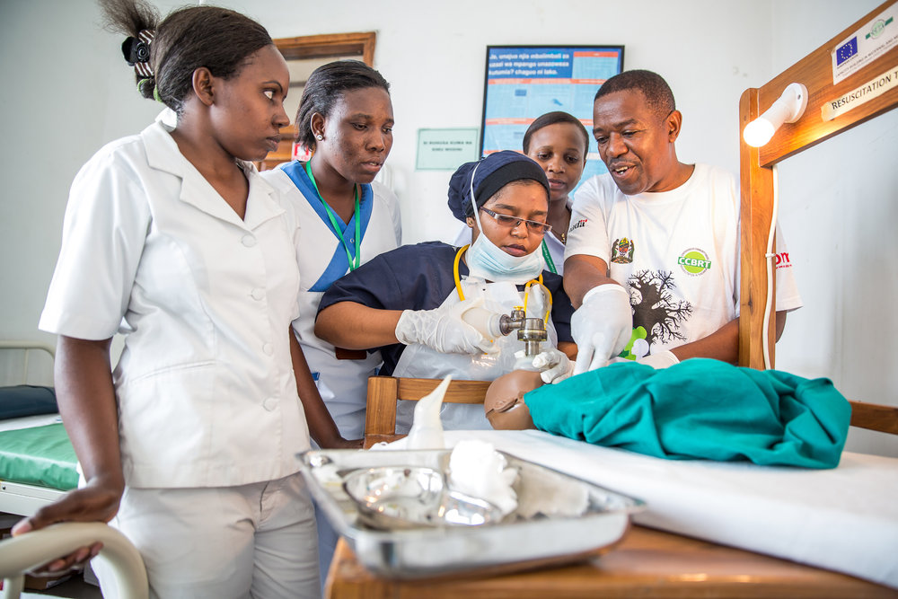 Training nurses in newborn resuscitation. Photo credit: Sala Lewis