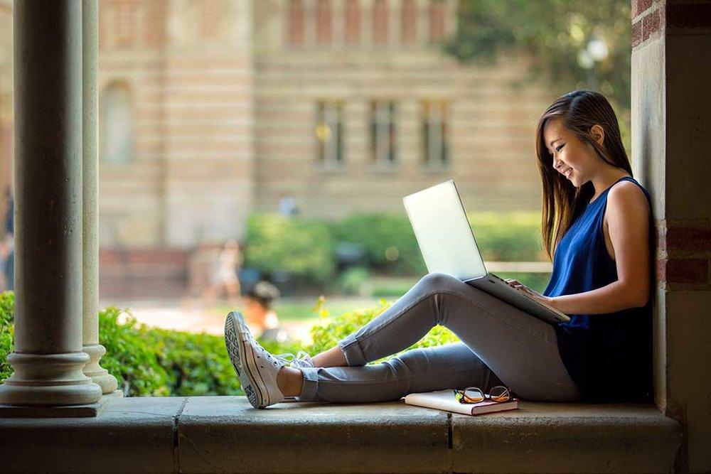 College_Student.jpeg