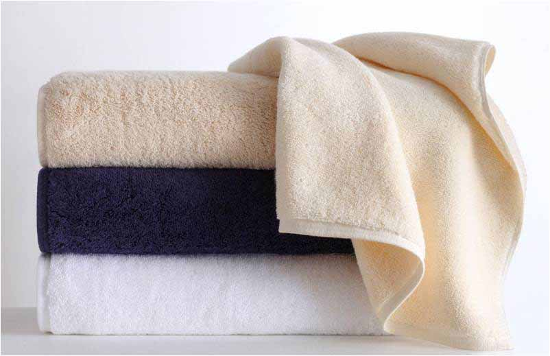 Traditional Tailoring - For the more traditionalist, style-savvy Southerner that seeks a sustainable option, these incredibly indulgent 900gsm (grams per square meter) towels are the spa-goers dream.With an ultra-dense weave, these plush towels from Anna Sova are also available with monogramming for the more discerning eye. Produced to GOTS and Fair Trade labor standards.Anna's Pick: Anna Sova - 900 gsm Towels 5-piece Towel Set in White ($130.00 + $20.00 to add nameplate single-initial monogramming). Image Source: annasova.com.