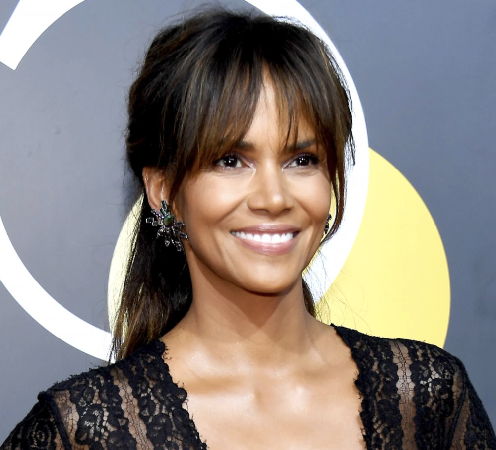 Halle Berry - Talk about keeping your FRINGE FRESH. Halle is FRESH EVERYTHING. Her life motto must be