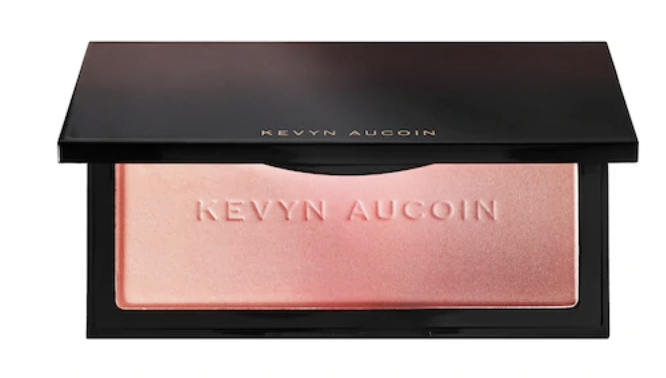 Kevyn Auction Neo-Bronzer