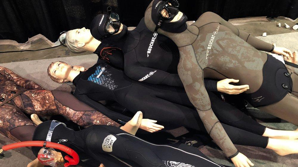 Scuba Divers Down
