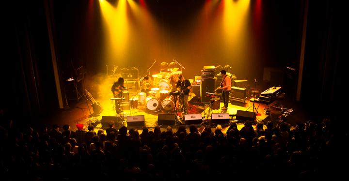 Live photos courtesy of Cameron Brown (cameronbrown.ca).eaeat