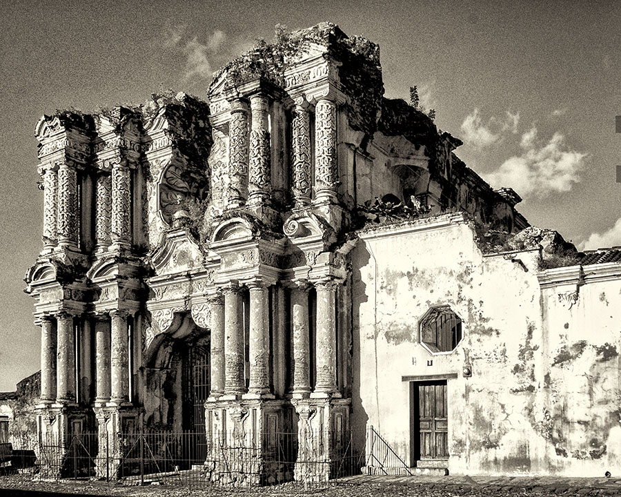 Carmo Church ruins, Antigua, Guatemala, 2011