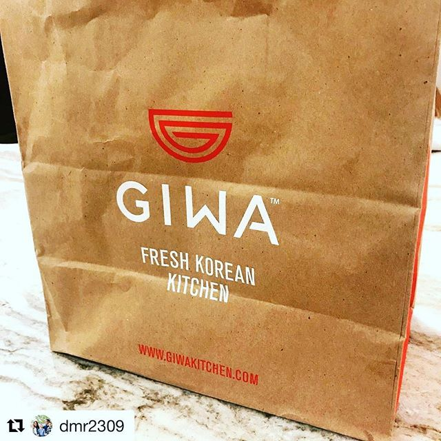 #Repost @dmr2309 ・・・ If you didn't know, now you know #giwa #rittenhouse #bibimbap