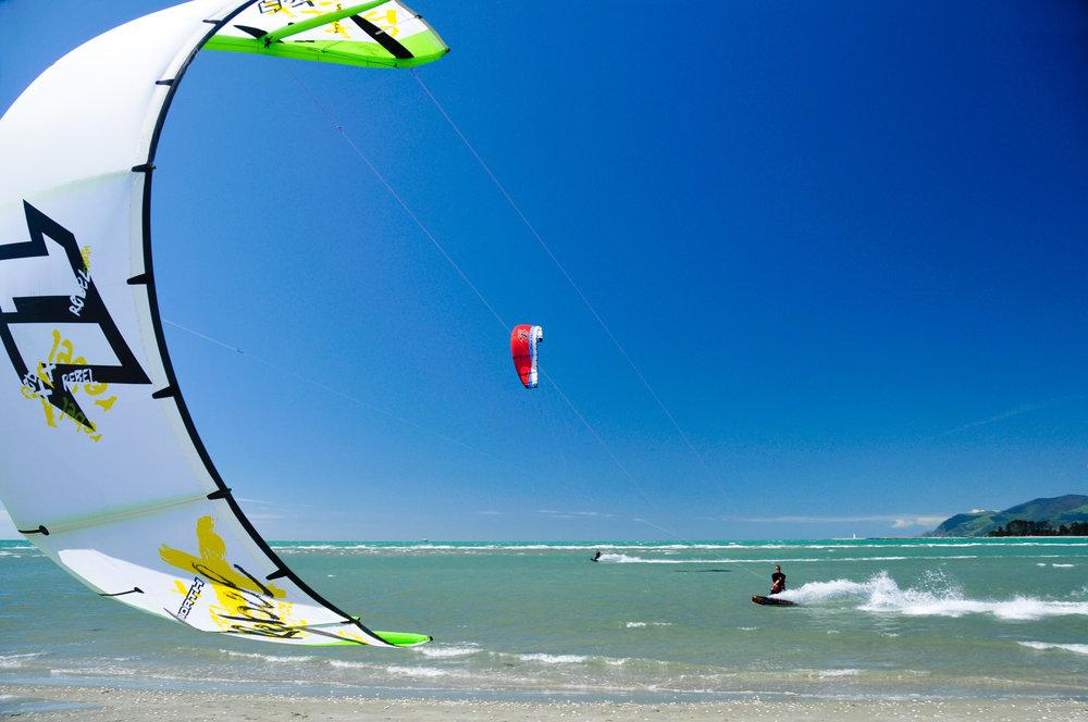 Kite surfing Tahuna Nelson