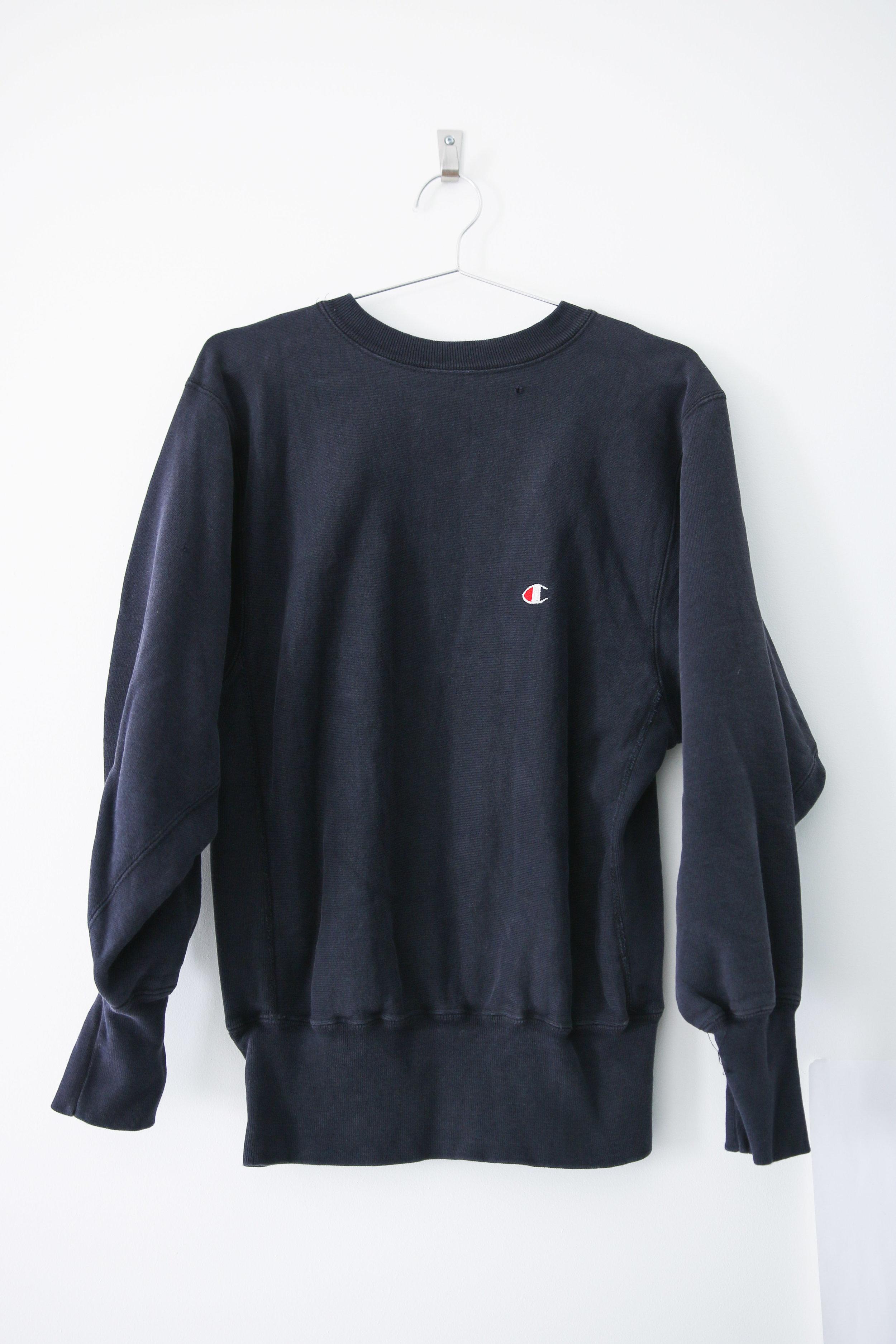 0968ea32b819 S - Vintage Champion Reverse Weave Sweatshirt - Navy. TCP - online-0833.jpg