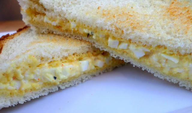 Hard boil egg sandwich