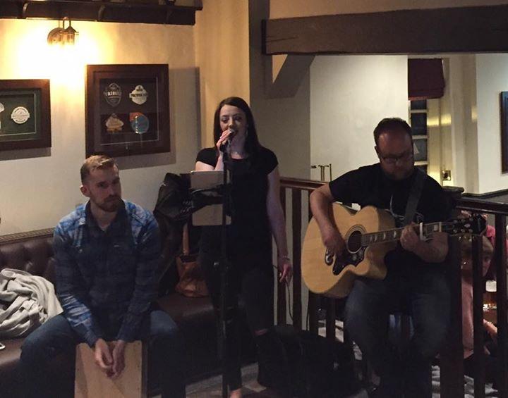 Friday Night at The Horns - Gnosall!