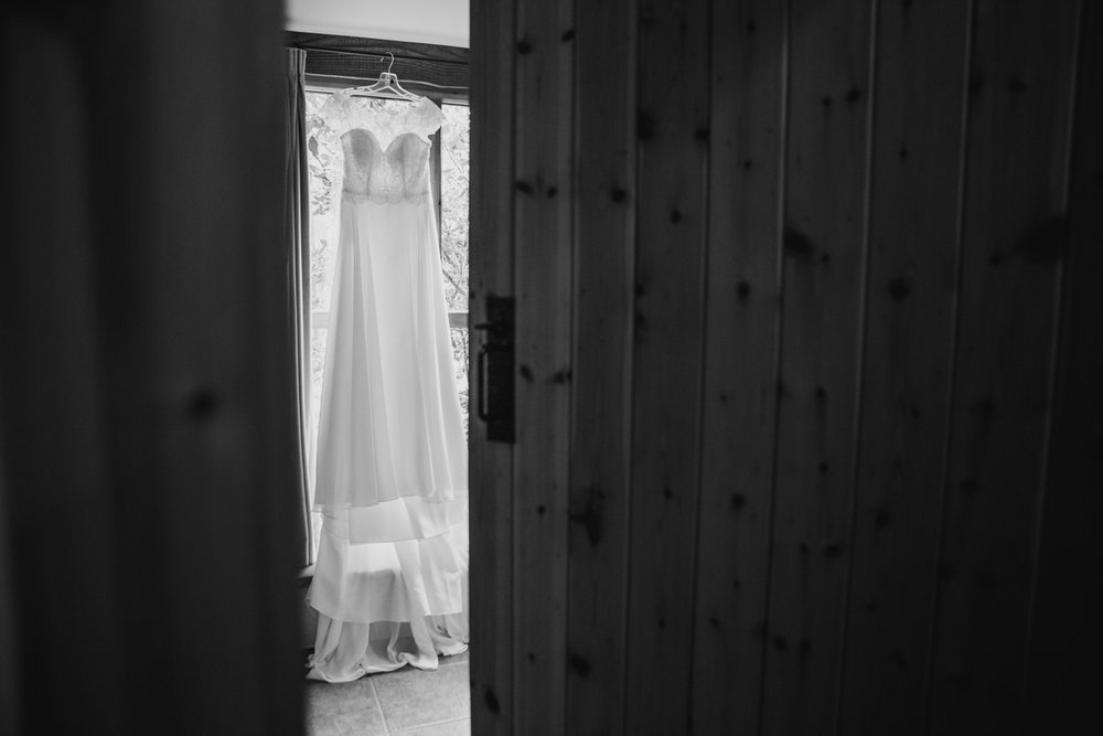 The Corn Barn Wedding Photographer 003.jpg