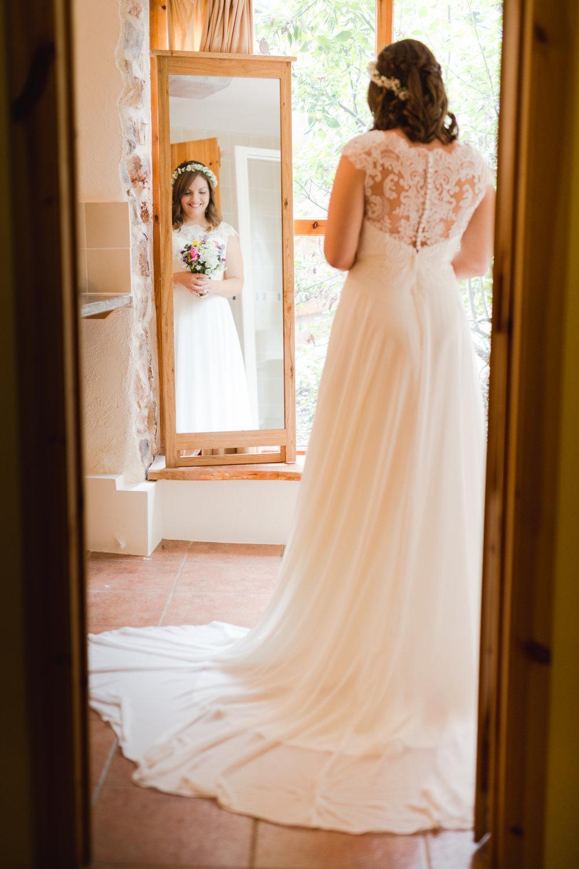 The Corn Barn Wedding Photographer 006.jpg