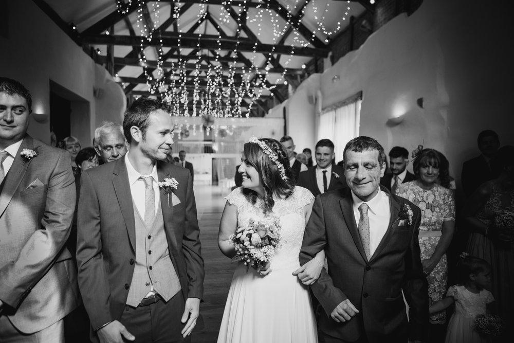 The Corn Barn Wedding Photographer 008.jpg