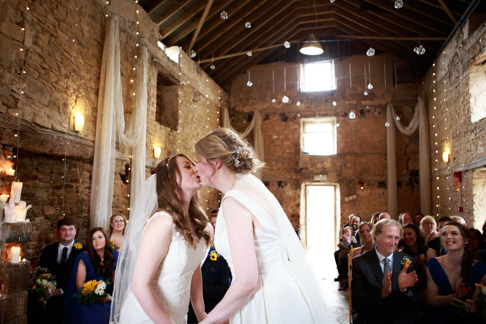 Ash Barton Estate Wedding Photographer 009.jpg