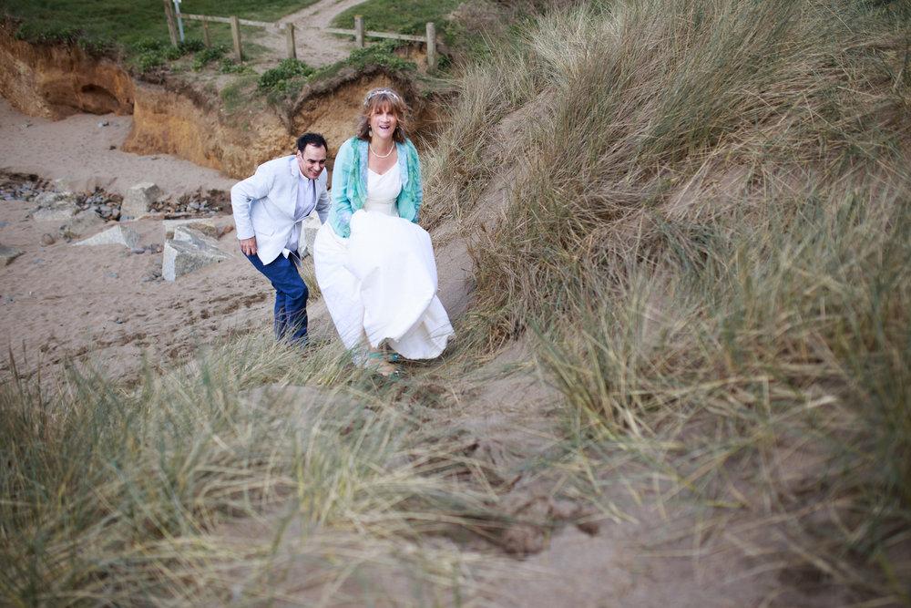 Widemouth Bay Wedding Photographer 016.jpg