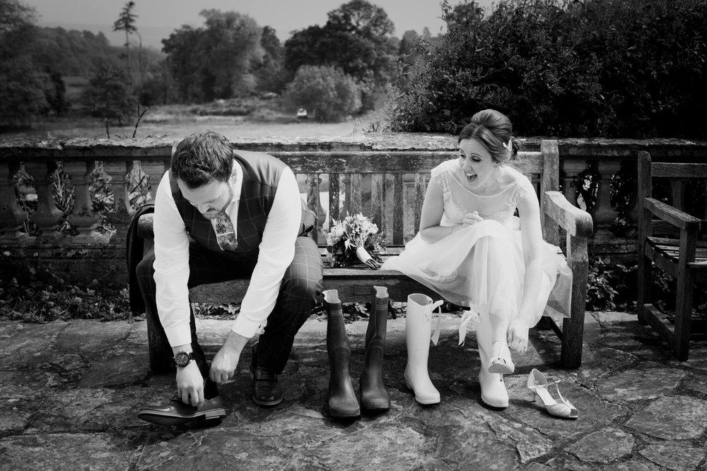 Escot House Wedding photographer 018_.jpg