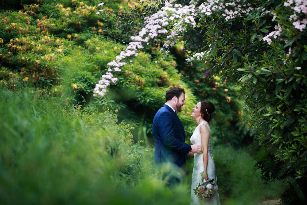 Escot House Wedding photographer 017_.jpg