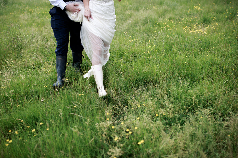 Escot House Wedding photographer 019_.jpg
