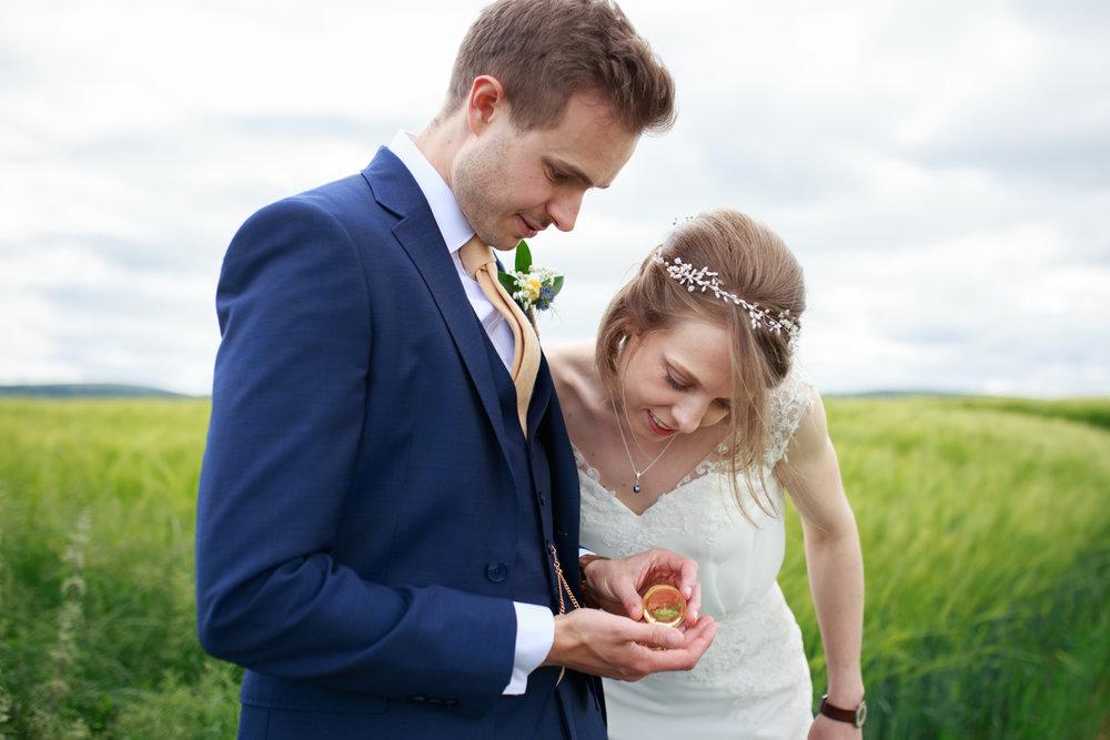 Higher eggbeer farm wedding photographer 012.jpg