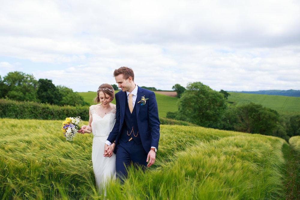 Higher eggbeer farm wedding photographer 014.jpg