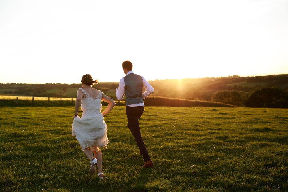 Higher eggbeer farm wedding photographer 034.jpg