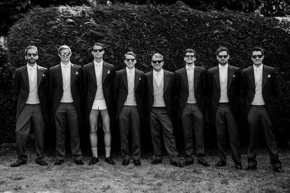 Farnham Castle Wedding Photographer 010.jpg