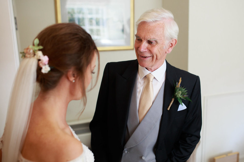 Farnham Castle Wedding Photographer 022.jpg