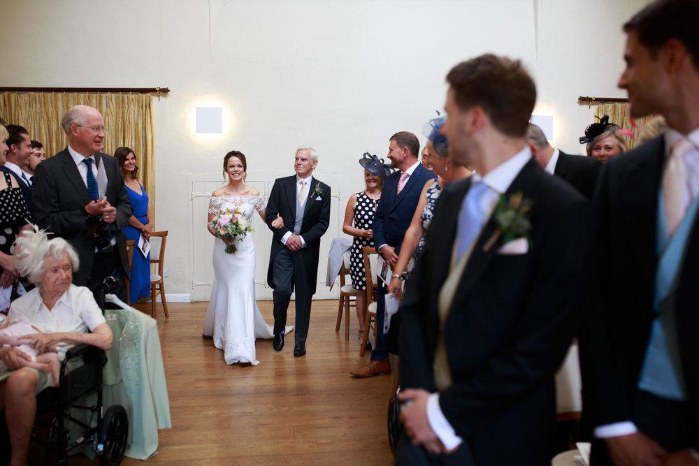 Farnham Castle Wedding Photographer 025.jpg