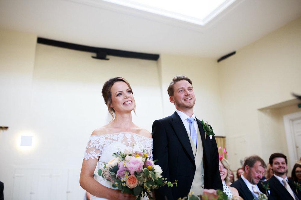 Farnham Castle Wedding Photographer 027.jpg