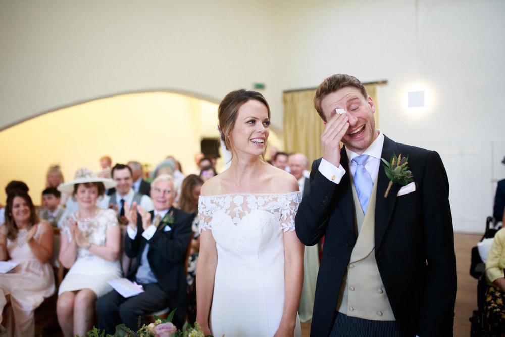 Farnham Castle Wedding Photographer 031.jpg