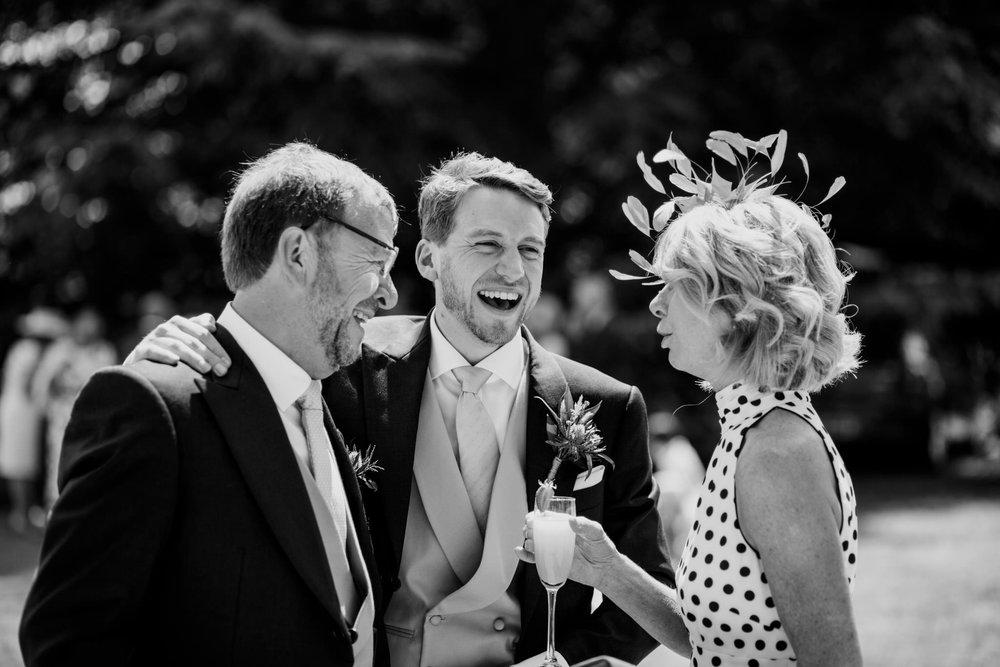 Farnham Castle Wedding Photographer 035.jpg