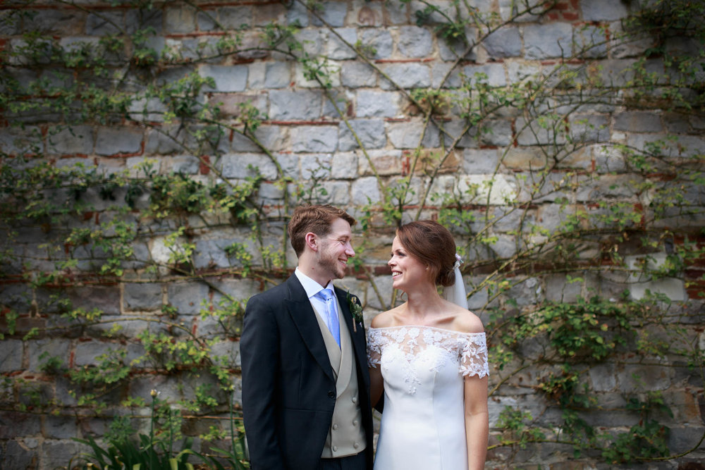 Farnham Castle Wedding Photographer 043.jpg