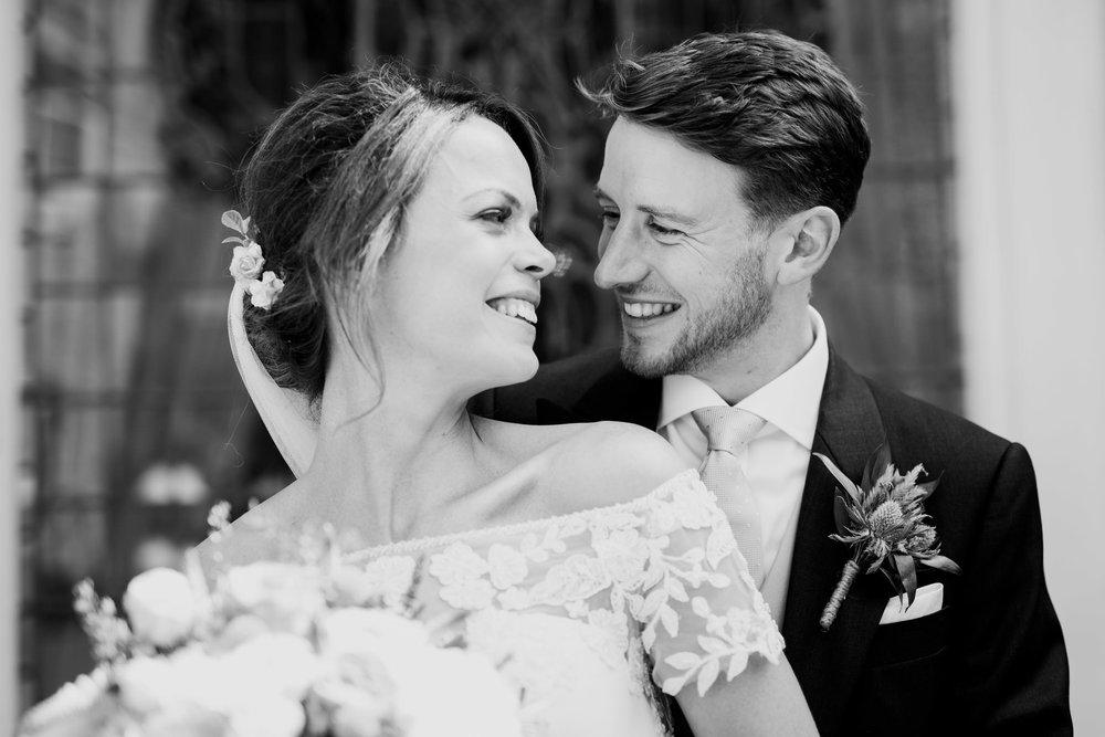 Farnham Castle Wedding Photographer 045.jpg