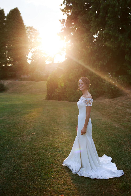 Farnham Castle Wedding Photographer 064.jpg