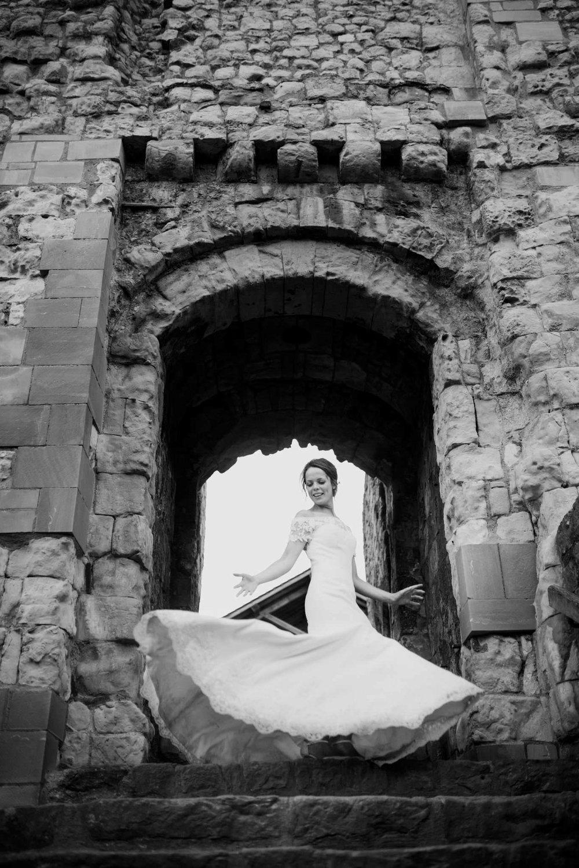 Farnham Castle Wedding Photographer 072.jpg