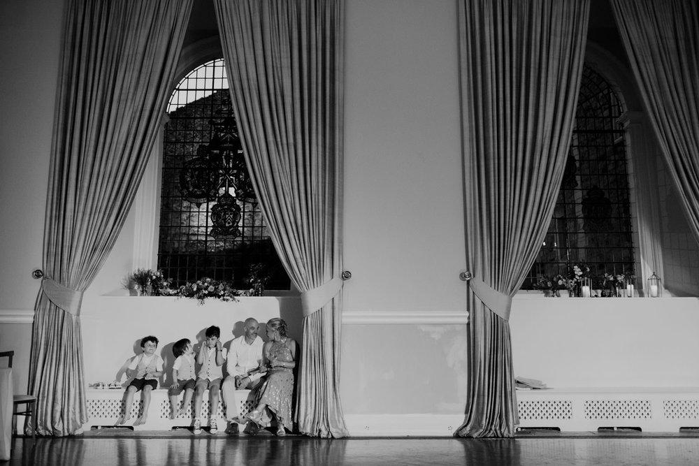 Farnham Castle Wedding Photographer 073.jpg