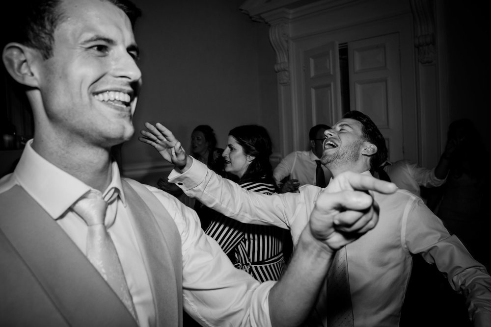 Farnham Castle Wedding Photographer 076.jpg