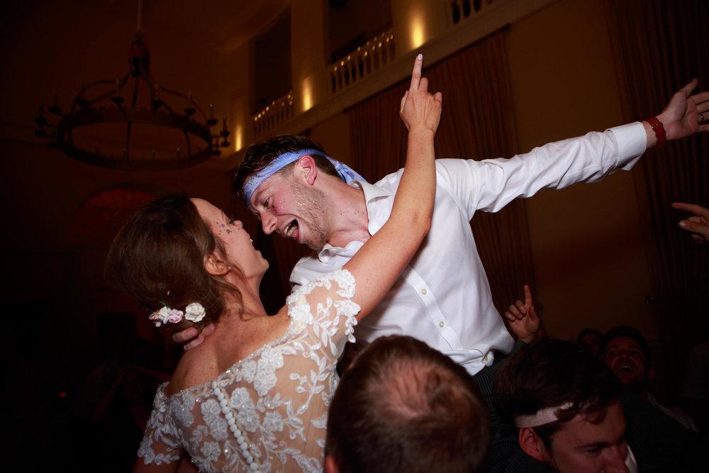 Farnham Castle Wedding Photographer 084.jpg