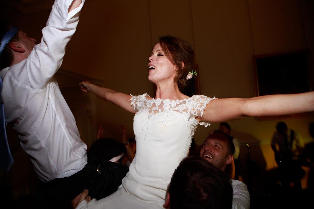 Farnham Castle Wedding Photographer 085.jpg